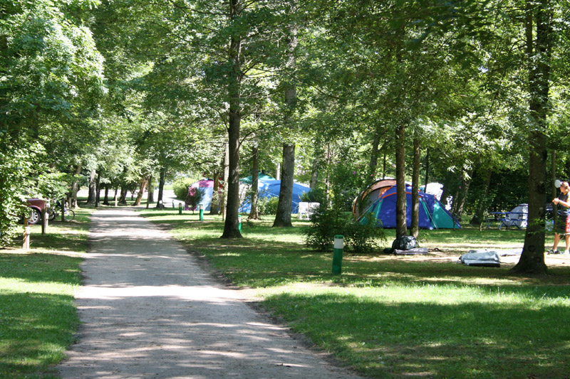Allee du camping